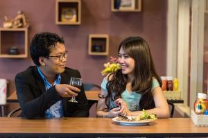 Cum poti deveni un partener mai bun pentru cel de langa tine
